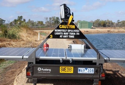 Deakin University Austeng Bird Repellent Lighting Trailer